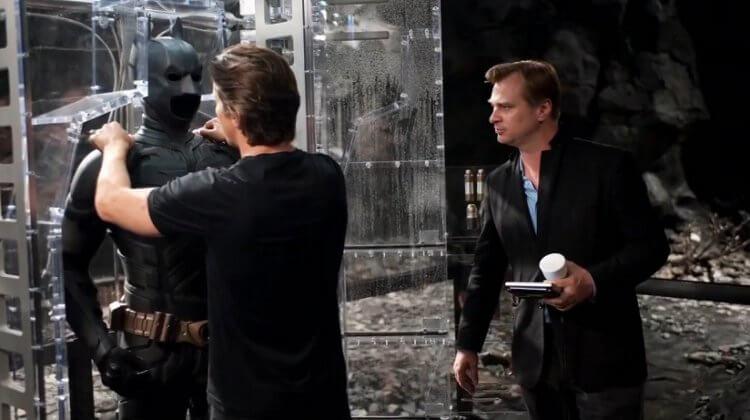 諾蘭《黑暗騎士》蝙蝠俠電影三部曲:《黑暗騎士》拍攝時的片場側拍。