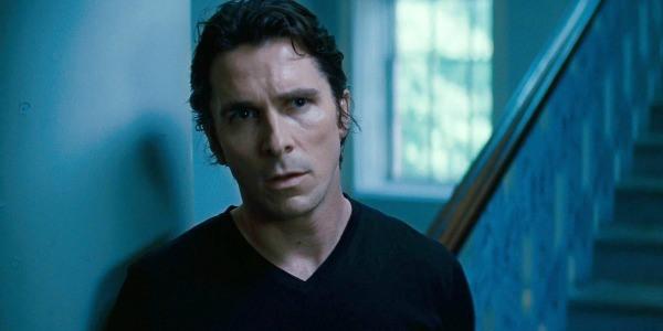 諾蘭《黑暗騎士》蝙蝠俠電影三部曲:35 歲時的布魯斯韋恩。