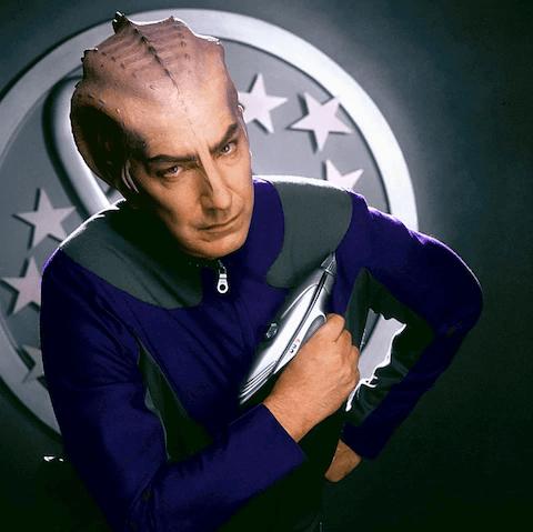 艾倫瑞克曼飾演的《驚爆銀河系》拉撒路博士。