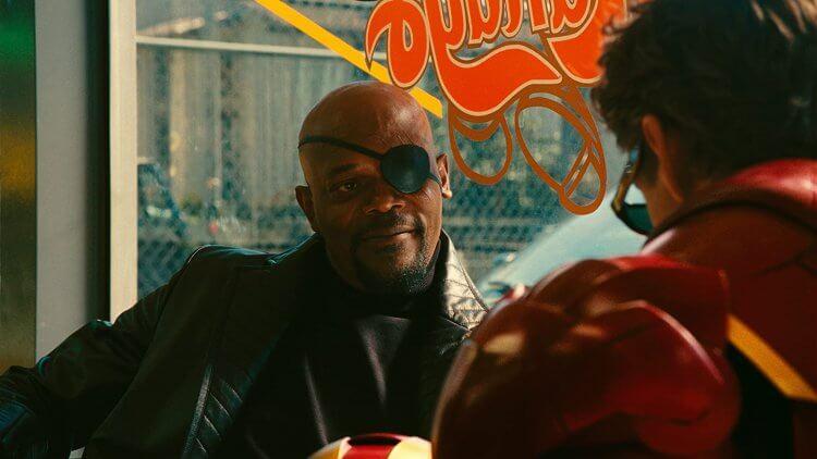 小勞勃道尼主演漫威超級英雄電影《鋼鐵人 2》:MDFK 局長山繆傑克森。