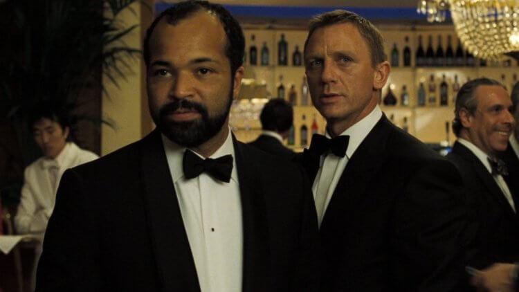 《007 首部曲:皇家夜總會》萊特與龐德。