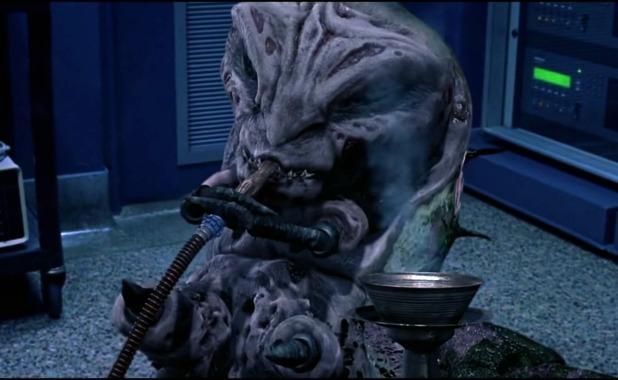 《佛萊迪大戰傑森之開腸破肚》裡出現的佛萊迪蟲蟲。