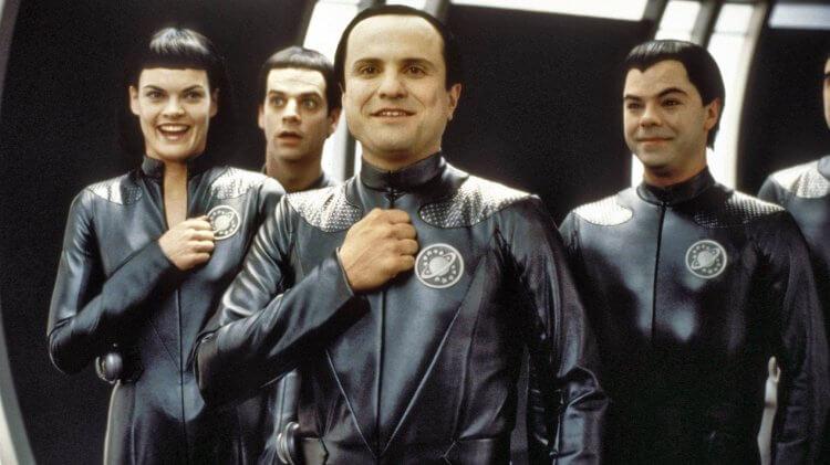 科幻喜劇電影《驚爆銀河系》片中本性和善的外星人們。