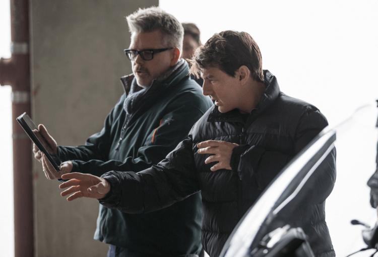 《不可能的任務 6:全面瓦解》導演克里斯多福麥奎里以及主角湯姆克魯斯。