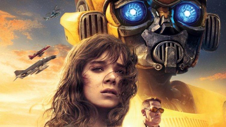 崔維斯奈特執導的《大黃蜂》是《變形金剛》系列中少數獲得正面評價的電影。