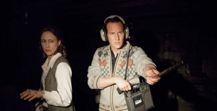 以薇拉法蜜嘉及派翠克威爾森飾演著名驅魔師「華倫夫婦」的《厲陰宅》系列電影。
