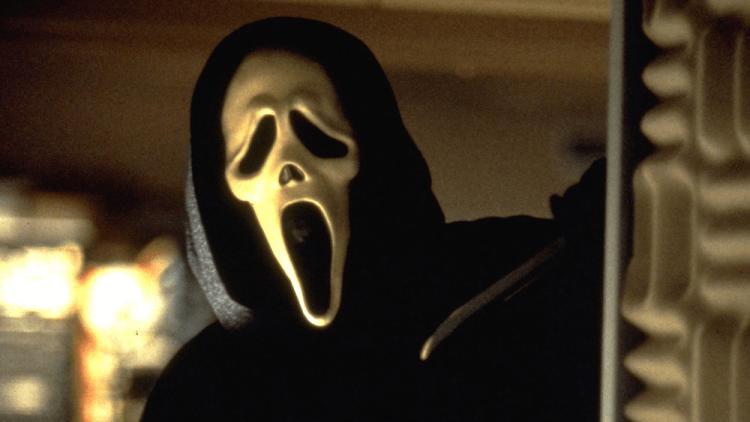 恐怖砍殺類影劇《驚聲尖叫》(Scream) 系列最新電影《驚聲尖叫 5》正積極發展中。