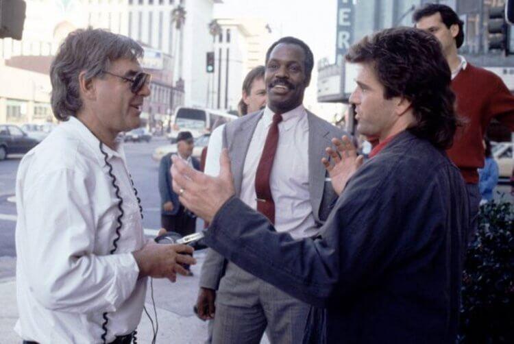 (左起)當年拍攝《致命武器》的李察唐納、葛洛佛與吉勃遜