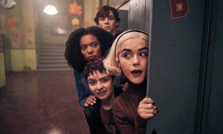 Netflix 青春魔幻女巫影集《莎賓娜的顫慄冒險》第三季即將上線,有如黑暗版綠野仙蹤發展,莎賓娜為首的驚嚇俱樂部夥伴將遭遇哪些全新冒險?