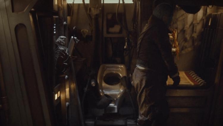 曼達洛人的太空船上也有廁所。