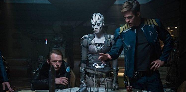 《星際爭霸戰:浩瀚無垠》被視為當年度好萊塢票房的巨大票房毒藥之一。