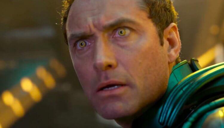 裘德洛演出電影《驚奇隊長》。