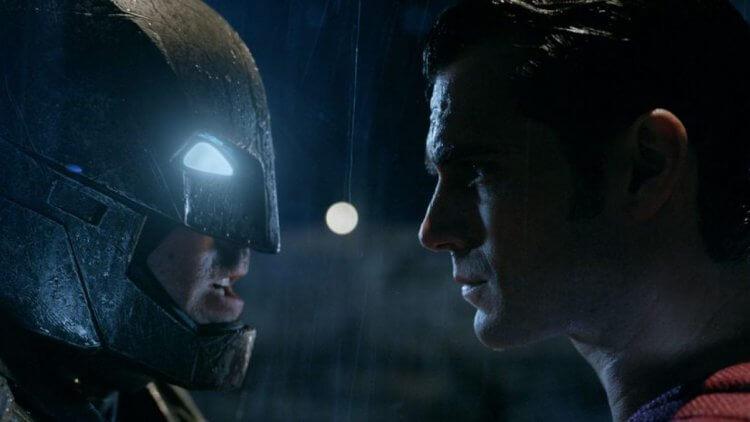 《蝙蝠俠對超人:正義曙光》正反評價兩極。