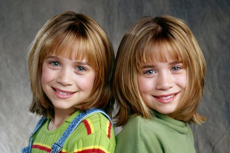 伊莉莎白歐森有兩個童星就出道的姊姊:馬莉凱特與艾希莉。