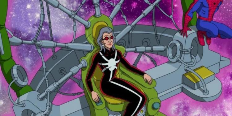 「蜘蛛夫人」罹患了一種類似漸凍人的慢性疾病,只能仰賴一台造型像是蜘蛛網的機器維生。