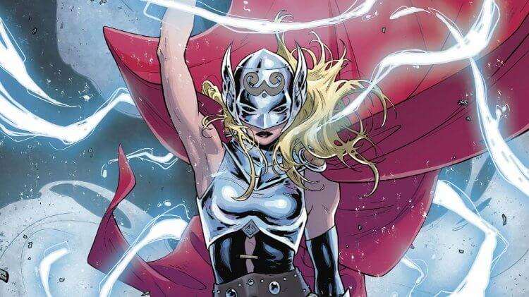 《雷神索爾》漫畫裡的珍佛斯特拿起槌子,成為了女雷神。