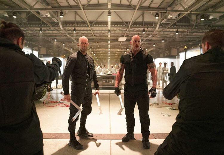 巨石強森 (Dwyane Johnson) 和傑森史塔森 (Jason Statham)。