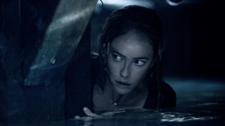 《鱷魔》女主角凱亞絲柯黛蘭莉歐。