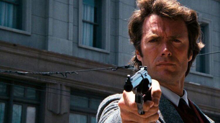 曾參演過《荒野大鏢客》等眾多動作電影的克林伊斯威特曾婉拒演出《第一滴血》藍波一角。