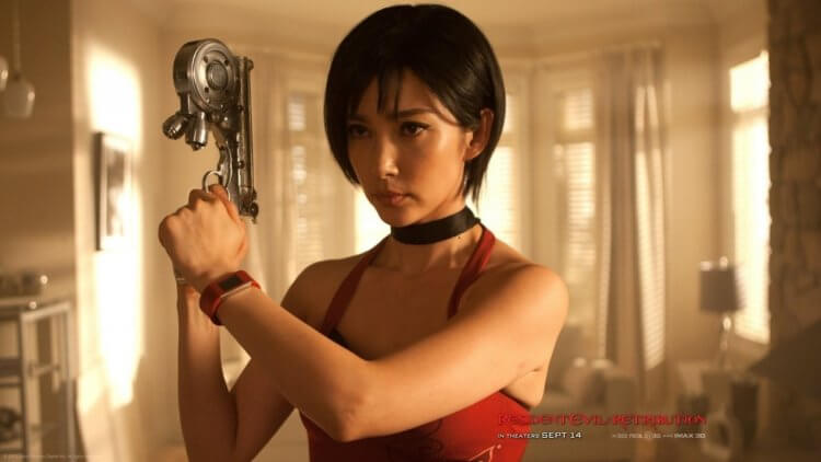 遊戲改編真人電影《惡靈古堡》中,由中國女星李冰冰所飾演的王艾達。