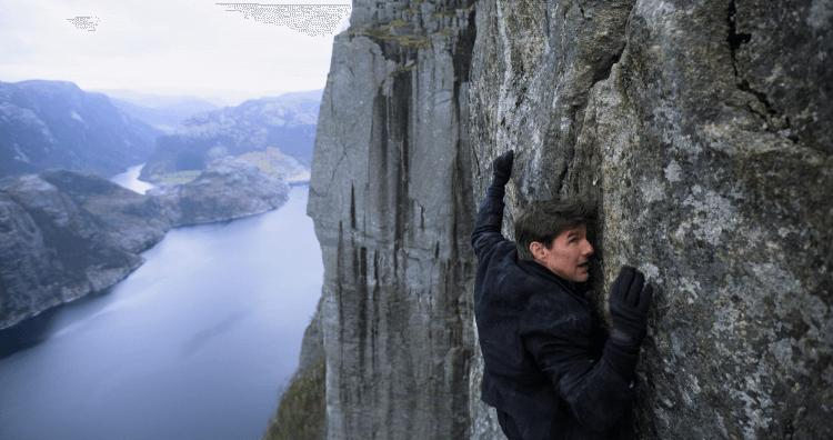 克里斯多福麥奎里《不可能的任務:全面瓦解》裡湯姆克魯斯的特技場景都是由他本人親自上陣。