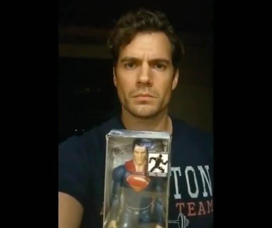 亨利卡維爾 (Henry Cavill) 仍想繼續當超人