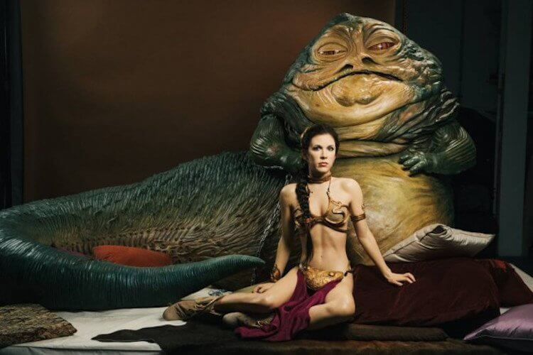 《星際大戰》銀河黑道老大「 賈霸 」(Jabba the Hutt) 最後死在莉亞公主手中。