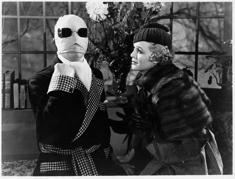 《隱形人》早在 1933 年便推出了,由詹姆斯惠爾執導。