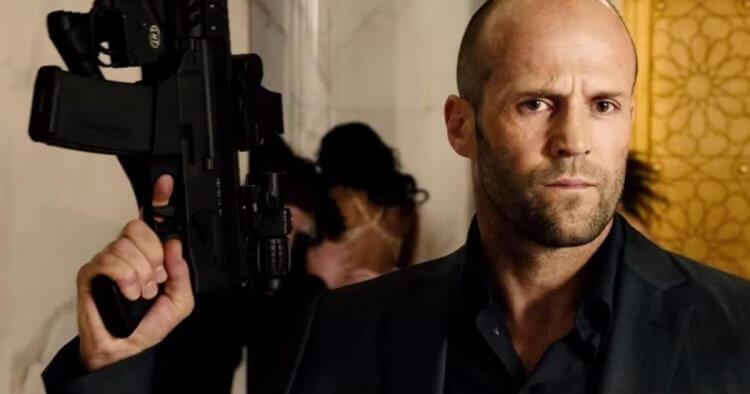 傑森史塔森 (Jason Statham) 飾演戴克蕭。