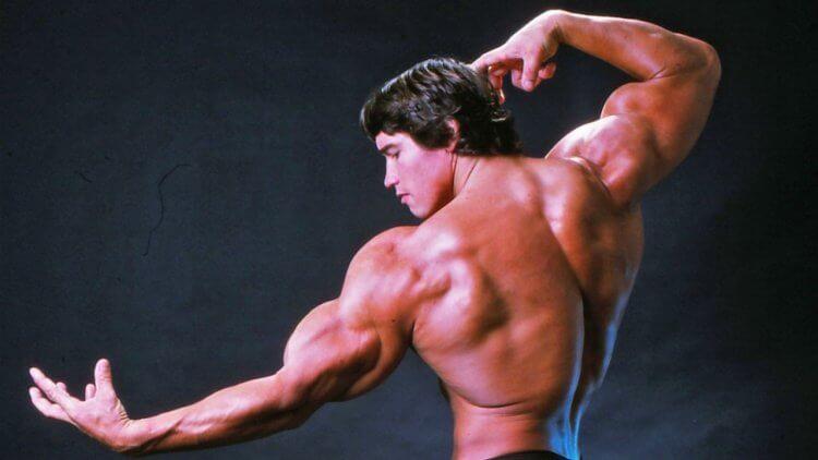 阿諾年輕時鍛鍊良好的體型,讓他贏得「世界先生」、「奧林匹克先生」等榮銜。