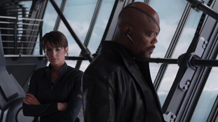 尼克福瑞 (Nick Fury) 與瑪麗亞希爾 (Maria Hill)