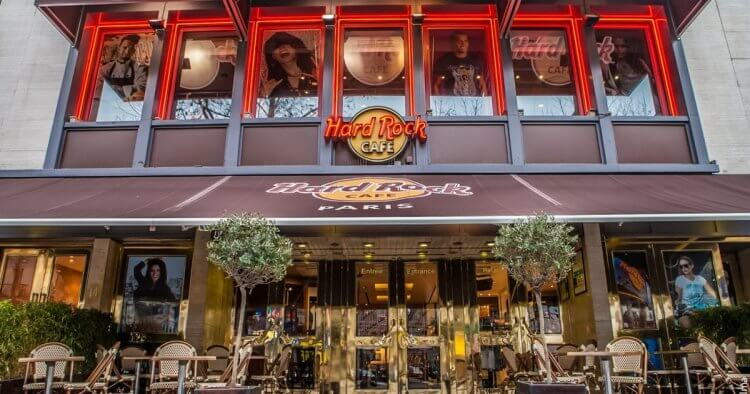 巴瑞許當年參考硬石餐廳 (Hard Rock Cafe) 的經營概念,想要開一間充滿好萊塢巨星的主題餐廳。