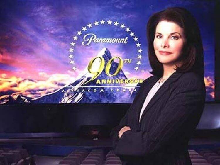 蘭辛 1992 年成為派拉蒙影業主席,而在蘭辛任內有七部電影在該影業十大最賣座電影中留名。