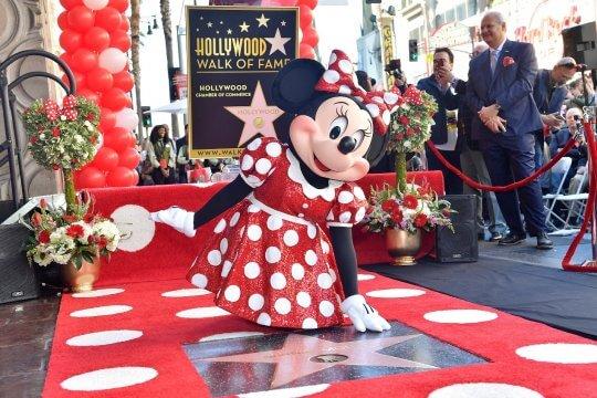 星光大道 (Hollywood Walk of Fame) 將維護世界各地的大人物名號