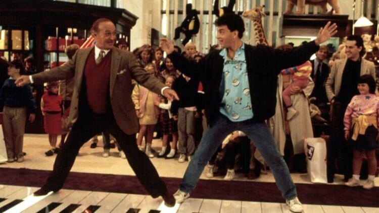 1986 年電影《飛進未來》中,湯姆漢克斯飾演一個一夕間變成 30 歲的男孩,更被提名奧斯卡影帝。