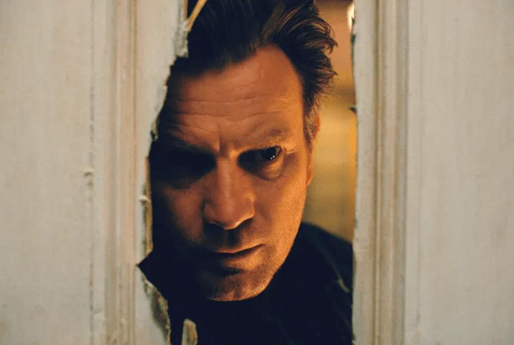 伊旺麥奎格在《安眠醫生》電影飾演長大成人的丹尼,代替父親傑克承擔他在史蒂芬金《鬼店》原著中應該承受的結局。