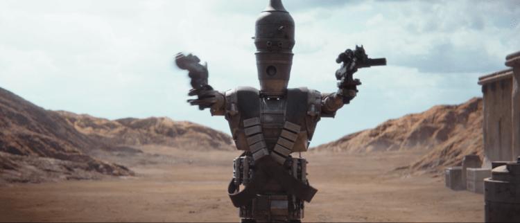 《兔嘲男孩》(Jojo Rabbit) 導演塔伊加維迪提配音的 IG-11 賞金機器人也在《曼達洛人》第一集後段登場。