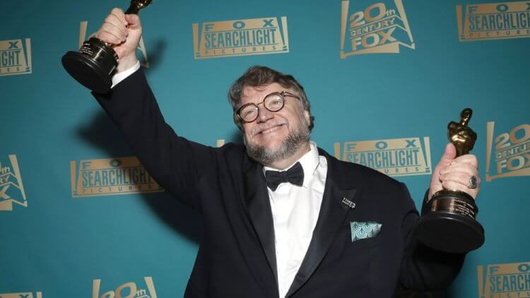 奧斯卡金像獎導演吉勒摩戴托羅,對怪物情有獨鍾。