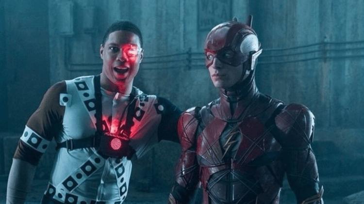 《正義聯盟》閃電俠與鋼骨分別由伊薩米勒以及雷費雪飾演。