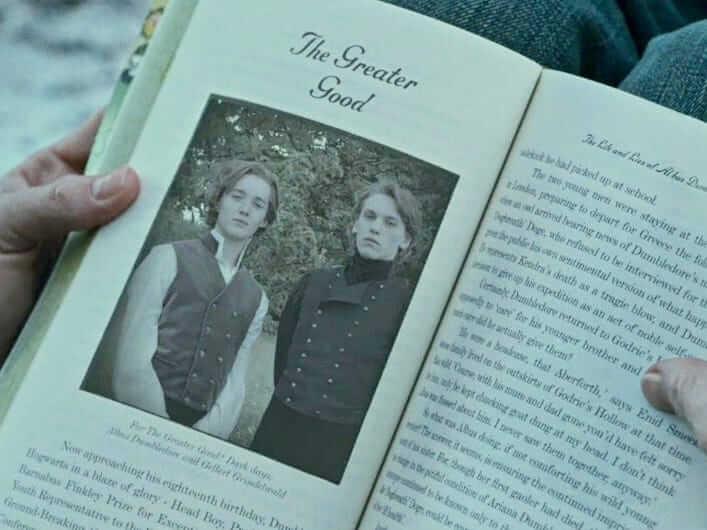 《哈利波特》作者 J.K. 羅琳所創作的角色,年輕時期的葛林戴華德與鄧不利多,後來兩人的故事在電影《怪獸與葛林戴華德的罪行》中有更多描述。
