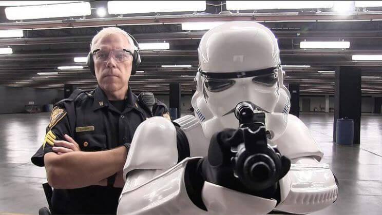 風暴兵進行射擊訓練