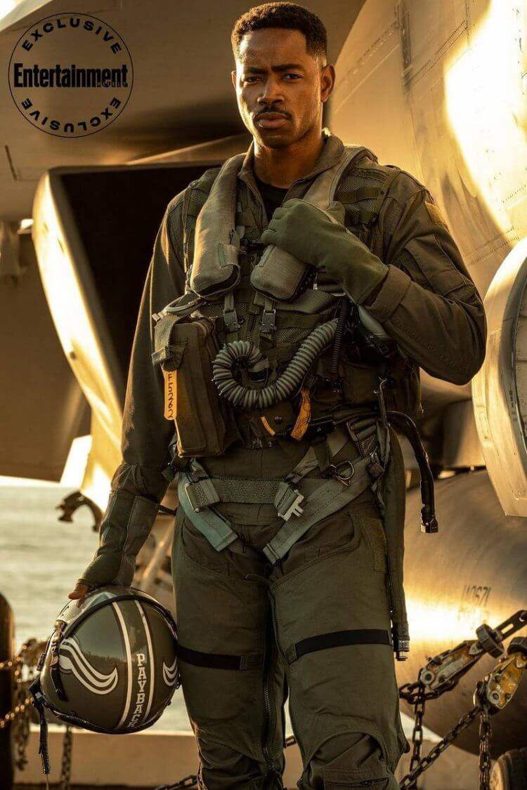 「復仇」(Payback):《捍衛戰士:獨行俠》演員傑艾利斯。