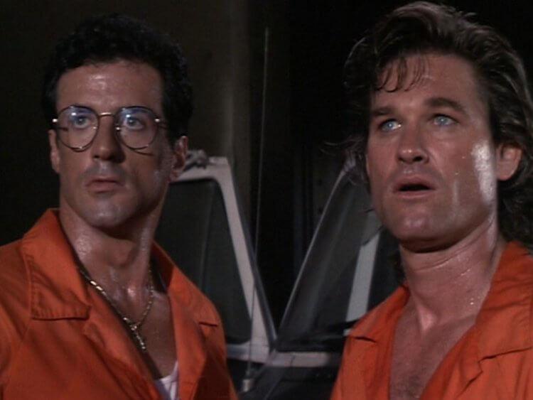 《探戈與金錢》席維斯史特龍(左)與寇特羅素(右)。