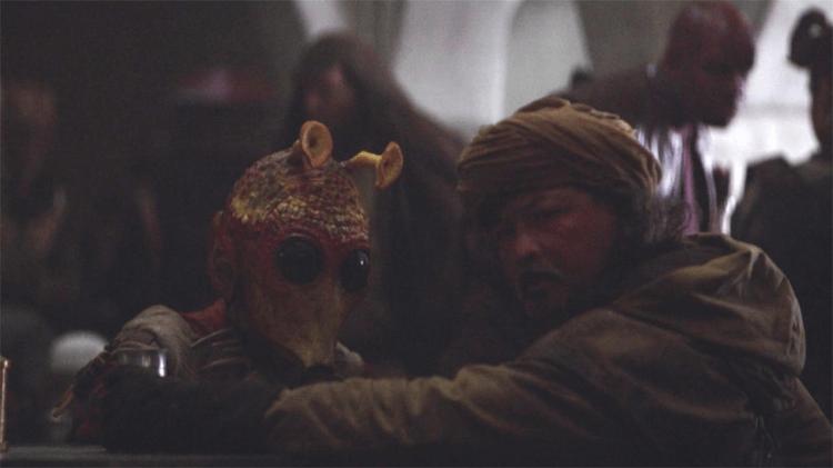 《星際大戰四部曲:曙光乍現》後常常出現在系列中的羅迪亞人,也在《曼達洛人》出現。