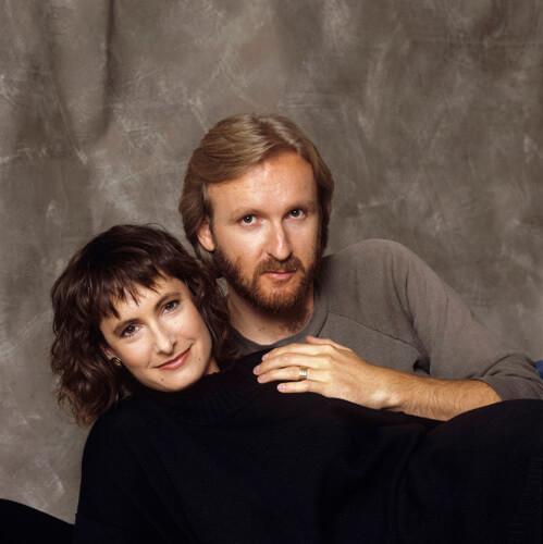 詹姆斯卡麥隆與前妻安妮赫德當時的夫妻合影。