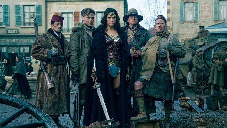 電影《神力女超人》(Wonder Woman) 把時代背景改到了一次大戰