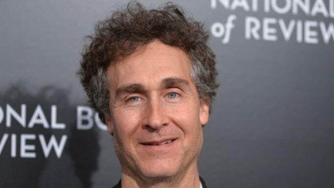 《明日邊界》導演道格李曼曾經加入過《金牌手》的製作團隊中。