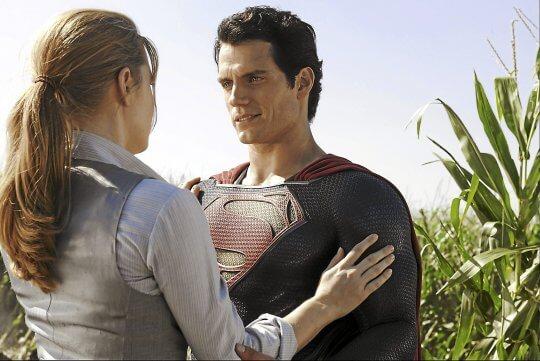 《超人:鋼鐵英雄》關注超人的人格養成