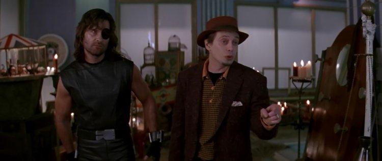 史蒂夫布希密在《洛杉磯大逃亡》中飾演星光嚮導艾迪。