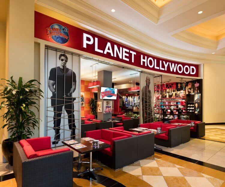 日後(也就是現在)的好萊塢星球餐廳樣貌。